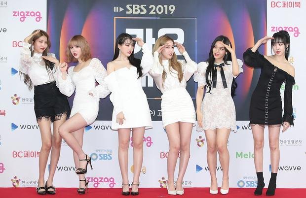 Knet nhận xét visual các idol khi gặp ngoài đời: Lisa như búp bê sống, Suzy toả sáng cả góc trời, Yoona thành nữ thần là có lý do - Ảnh 29.