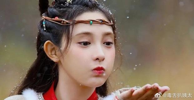 Bành Tiểu Nhiễm lộ rõ thần thái bơ phờ đến quần áo sơ sài, nàng thơ Đông Cung sắc nước hương trời nay còn đâu? - Ảnh 7.