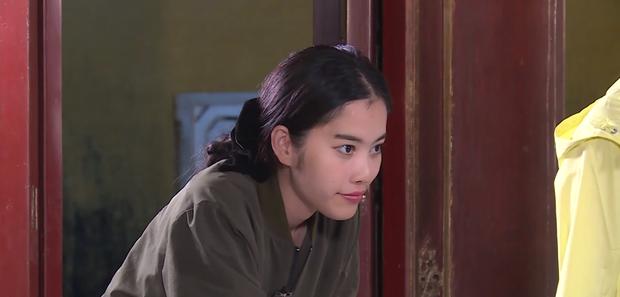 Nam Em đi show với dàn Hoa hậu, Á hậu: Thần đèn thể trạng yếu nhưng vẫn vô cùng lầy lội - Ảnh 12.
