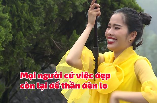Nam Em đi show với dàn Hoa hậu, Á hậu: Thần đèn thể trạng yếu nhưng vẫn vô cùng lầy lội - Ảnh 6.