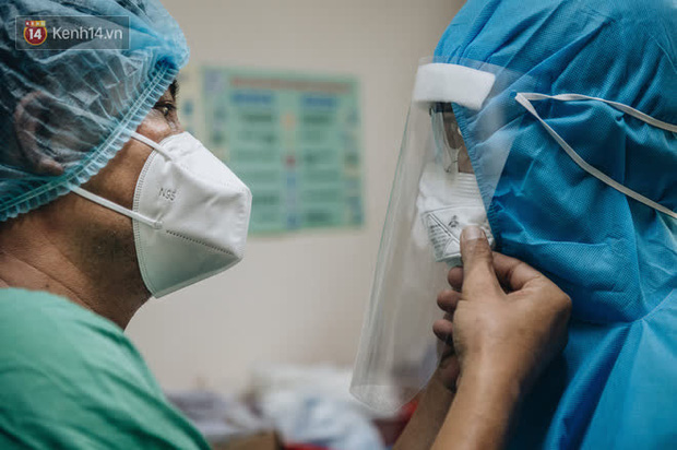 Nhìn lại một năm đậm dấu ấn của ngành Y tế Việt Nam - Ảnh 1.