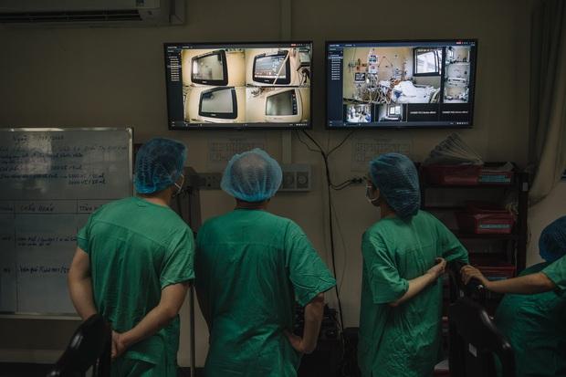 Nhìn lại một năm đậm dấu ấn của ngành Y tế Việt Nam - Ảnh 2.