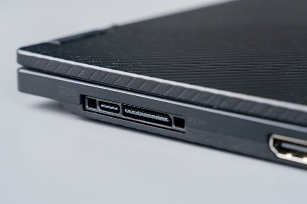 ASUS trình làng laptop gaming mới: Màn hình xoay 360 độ, thân hình 13 inch nhỏ gọn không tưởng - Ảnh 5.