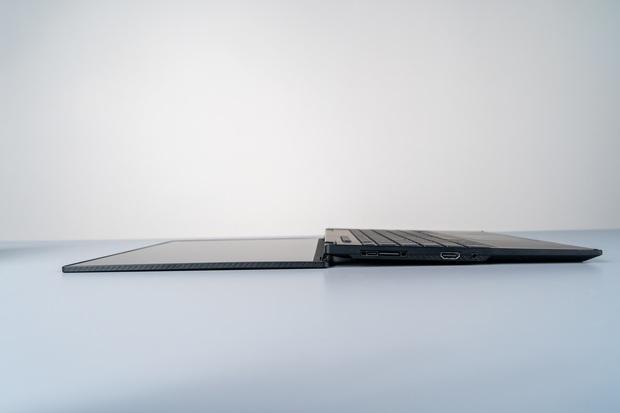 ASUS trình làng laptop gaming mới: Màn hình xoay 360 độ, thân hình 13 inch nhỏ gọn không tưởng - Ảnh 3.