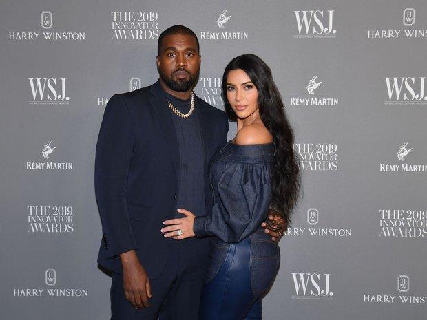 """Kim Kardashian đăng ảnh mặc nội y sexy """"nghẹt thở"""", lộ luôn dấu hiệu ngầm thông báo đã ly hôn Kanye West? - Ảnh 4."""