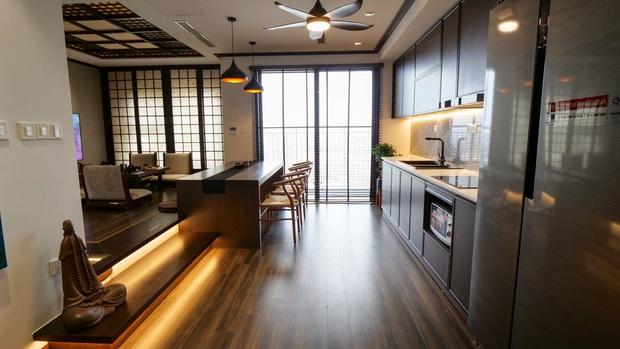 Căn hộ Vinhomes với phong cách Nhật Bản tinh tế và tiện nghi, ăn tiền nhất là view đắt giá bao trọn VinUni - Ảnh 3.