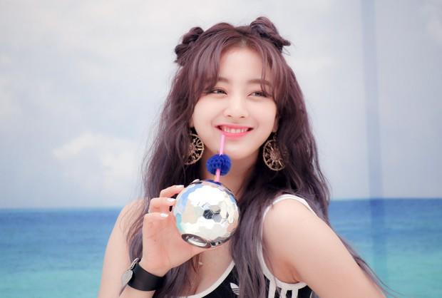 Knet có khái niệm mới cho bộ 5 nhóm nữ Kpop hàng đầu là TeuReBleMaYeo, lo ngại về tương lai khi hợp đồng kết thúc? - Ảnh 1.