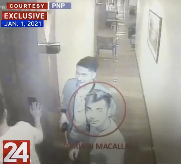 Vụ Á hậu Philippines tử vong trong khách sạn: CCTV mới nhất cho thấy dường như có tranh cãi xảy ra sau khi cô gái được bế về phòng lần cuối - Ảnh 1.