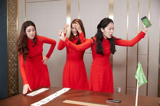 Nam Em đi show với dàn Hoa hậu, Á hậu: Thần đèn thể trạng yếu nhưng vẫn vô cùng lầy lội - Ảnh 3.
