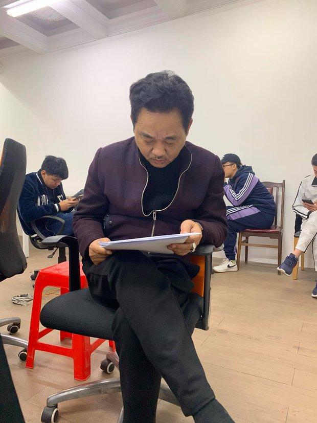 Cuối cùng thì Ngọc Hoàng Quốc Khánh cũng lộ diện ở buổi tập kịch bản Táo Quân 2021! - Ảnh 3.