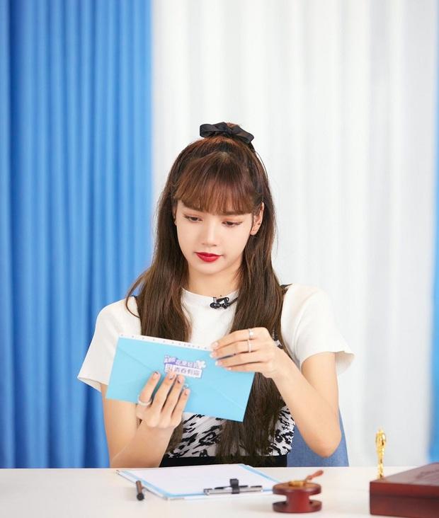 Khi sao nữ Hàn buộc tóc nửa đầu: Irene xinh như tiên tử, Taeyeon được khen giống hệt công chúa Elsa - Ảnh 9.