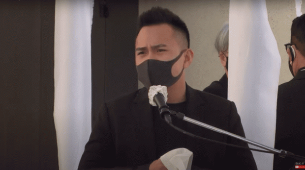 Nghệ sĩ Hoài Linh chưa thể bay qua Mỹ, con trai thay mặt đến viếng cố NS Chí Tài - Ảnh 5.