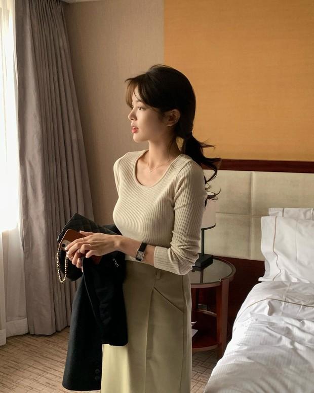 Muốn hoàn chỉnh diện mạo thanh lịch thì chớ bỏ qua kiểu tóc mái rèm cửa được quý cô Hàn ưa chuộng - Ảnh 4.