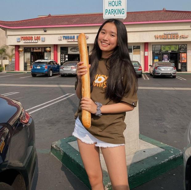 Jenny Huỳnh - YouTuber 16 tuổi đảo lộn trật tự làng YouTube: Ngấp nghé 1 triệu subs nhưng vẫn không biết tại sao mình được yêu quý - Ảnh 1.