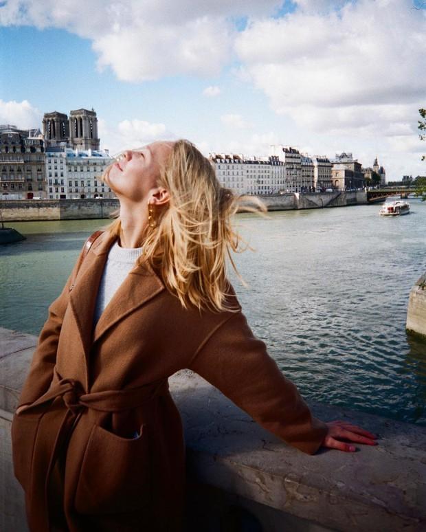 Lười như gái Pháp: Kiểu tóc rối kinh điển nhưng sang ngút ngàn, ai ngắm cũng mê - Ảnh 2.