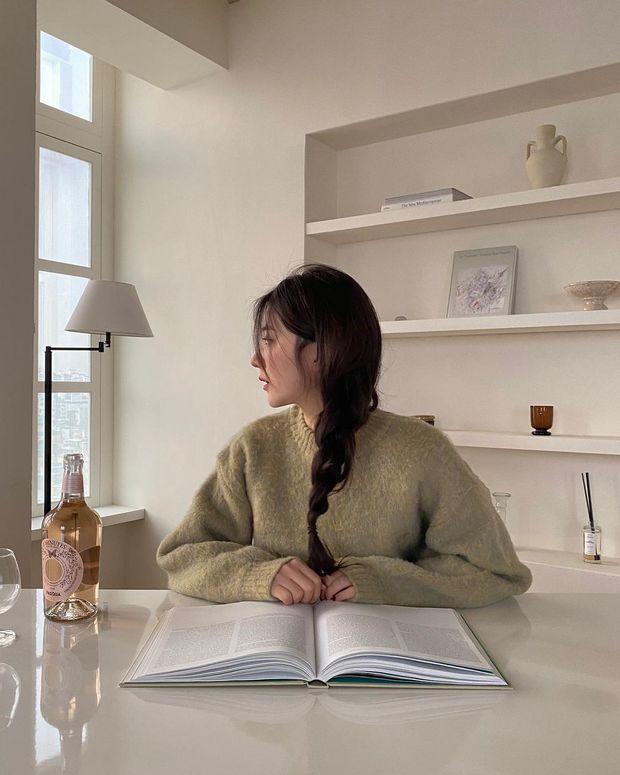 Muốn hoàn chỉnh diện mạo thanh lịch thì chớ bỏ qua kiểu tóc mái rèm cửa được quý cô Hàn ưa chuộng - Ảnh 6.