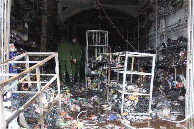 Thái Bình: Cháy căn nhà 3 tầng lúc rạng sáng, 1 nữ học sinh lớp 9 tử vong - Ảnh 1.