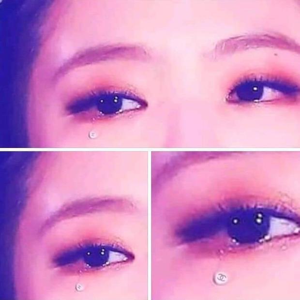 Dân tình choáng nặng vì hình ảnh Jennie (BLACKPINK) khóc ra giọt lệ hột xoàn Chanel trên sân khấu, nhưng sự thật là gì? - Ảnh 3.