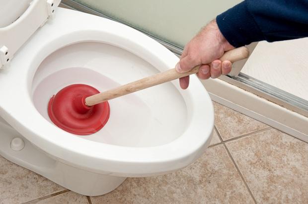 Gan không tốt khiến bạn dễ gặp phải 3 vấn đề bất thường khi đi vệ sinh, điều nào cũng gây ám ảnh - Ảnh 1.