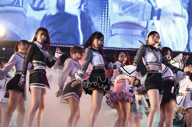 Cùng là thử giọng: công ty Kpop hết tuyển trên đường phố lại đòi khoe tài năng, quy trình của idol Jpop chẳng khác gì đi xin việc - Ảnh 12.