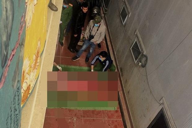 Nhiều người dùng lời lẽ khiếm nhã tấn công tài khoản TikTok của nam thanh niên ở Sa Pa tử vong khi leo mái nhà quay clip - Ảnh 1.