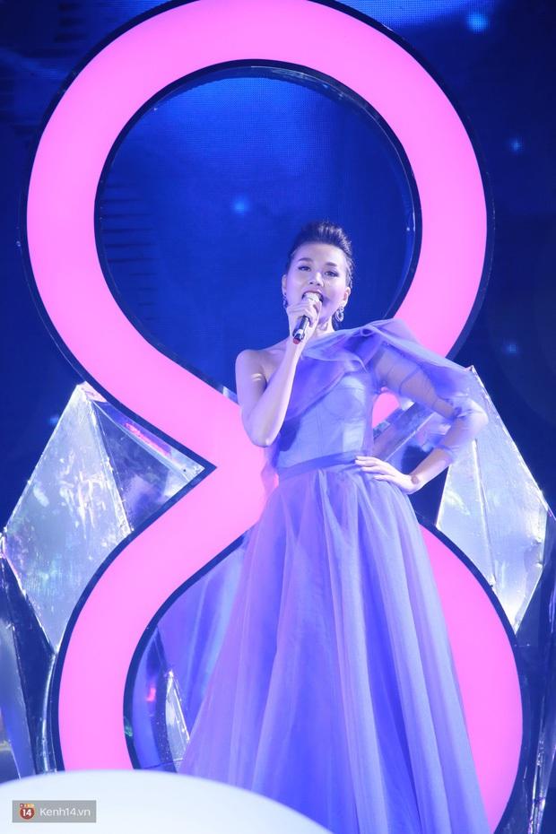 Thanh Hằng: Tôi biết hát nhưng trở thành ca sĩ là chuyện khác, tôi không muốn hát ra cho có âm thanh - Ảnh 3.