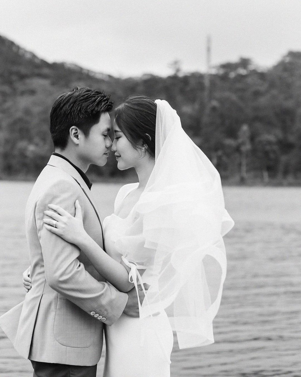 Tổng giám đốc Phan Thành tự tay khoe thiệp mời và hé lộ ảnh cưới đẹp xỉu, dân tình nôn nóng đếm ngược tới giờ G - Ảnh 7.