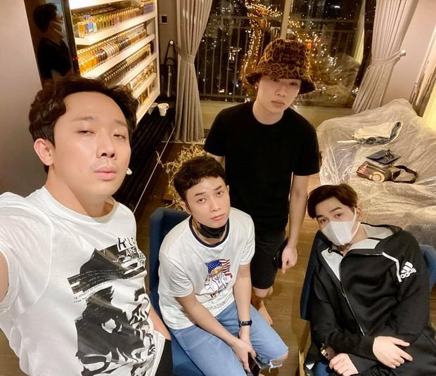 Căn hộ sang trọng của Trấn Thành - Hari Won: Đi đến phòng nước hoa và giày hiệu mà shock vì độ giàu có - Ảnh 5.
