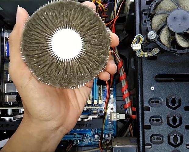 6 sai lầm nghiêm trọng khi sử dụng đồ gia dụng, máy tính gây hại cho cả thiết bị và sức khỏe của bạn - Ảnh 6.