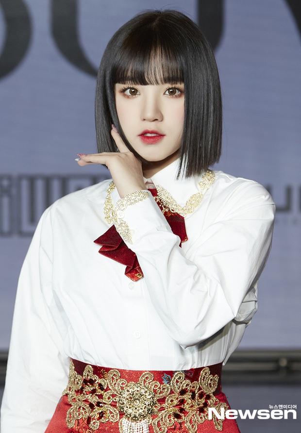 30 nữ idol Kpop hot nhất: Jennie (BLACKPINK) chưa bất ngờ bằng em út Oh My Girl đánh bật cả TWICE - MAMAMOO - Ảnh 6.