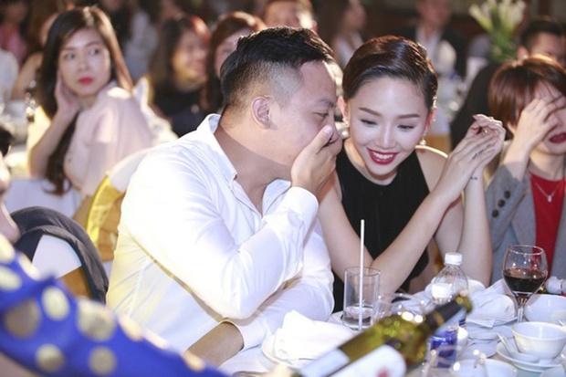 Tóc Tiên hé lộ hình ảnh lần đầu gặp ông xã Hoàng Touliver, bạn thân tung bằng chứng tiên tri trước mối quan hệ bất thường - Ảnh 7.
