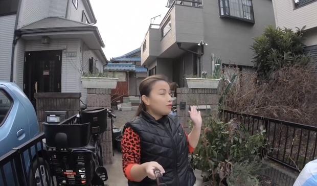Quỳnh Trần JP lần đầu công khai căn trọ xập xệ trước khi sang nhà mới bạc tỷ ở Nhật, tiết lộ món đồ dùng để dằn mặt chồng - Ảnh 2.