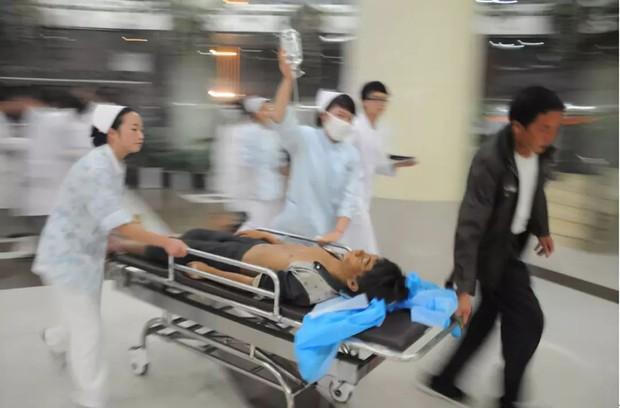Lập trình viên 32 tuổi đột nhiên bị buồn nôn, nói lắp rồi nhồi máu não cấp tính, nguyên nhân chỉ vì mê... tẩm quất massage - Ảnh 1.