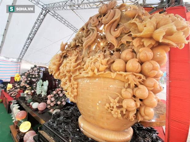 Choáng ngợp bộ bàn ghế ngọc Hoàng Long bán rẻ, giá gần tỷ đồng ở Hà Nội - Ảnh 11.