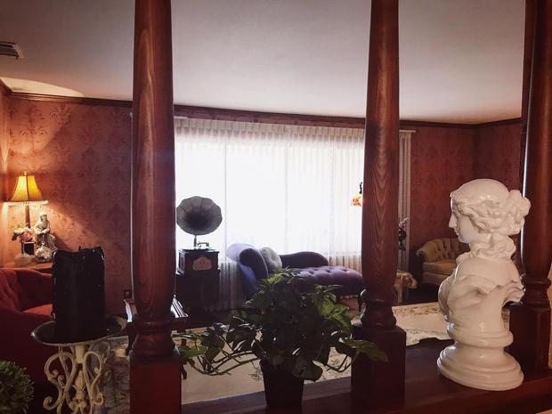 Cô gái Việt cải tạo căn biệt thự 80 tuổi biệt lập bên rìa sa mạc, chi phí gây bất ngờ - Ảnh 6.