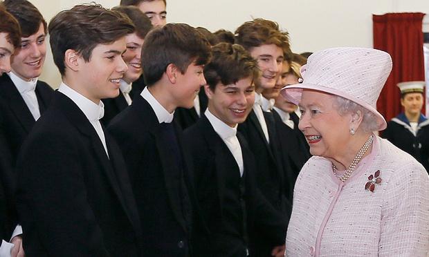 """Cháu trai """"cực phẩm"""" ít người biết của Nữ hoàng Anh: Đã đẹp trai lại còn là vận động viên đạt kỷ lục thế giới với profile cực đáng nể - Ảnh 1."""