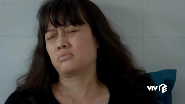 Hết tét mông Quỳnh Kool, nữ chính Hướng Dương Ngược Nắng lại hại mẹ mất trí ở tập 16 - Ảnh 2.