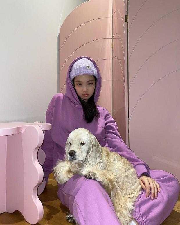 Jennie đẹp thế nhưng cũng có màu trang phục không thể mặc đẹp, nghe chuyên gia Hàn chia sẻ mà vỡ lẽ được bao điều - Ảnh 2.