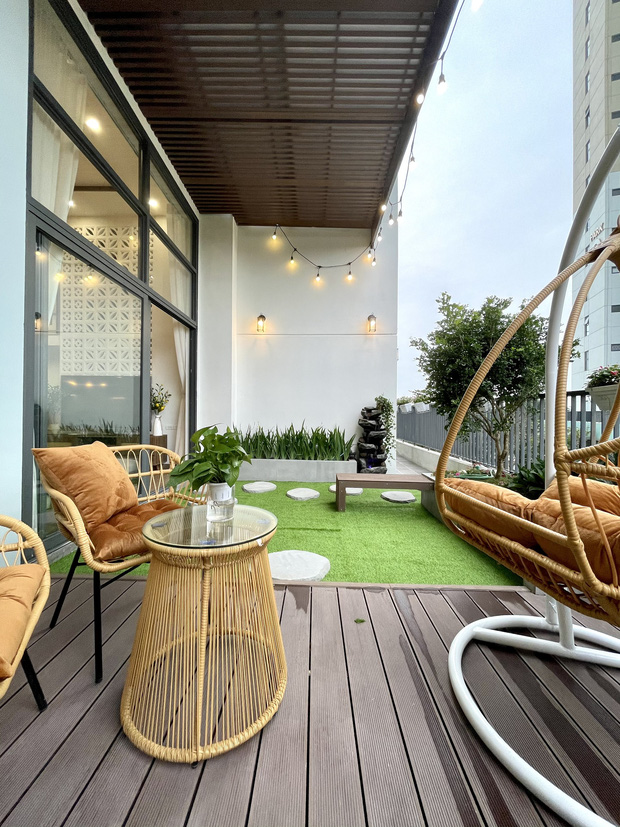 Căn hộ 70m2 được hô biến thành nhà duplex hết 1,3 tỷ, nội thất không cầu kì nhưng vẫn đẹp mê - Ảnh 4.