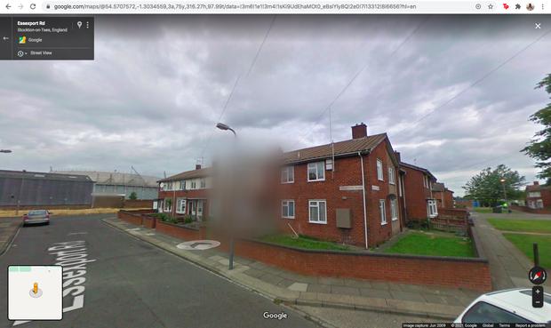 Những câu chuyện kinh hoàng phía sau 4 ngôi nhà bị Google Maps che mờ - Ảnh 2.