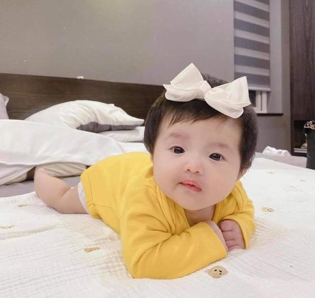 Vợ chồng Đông Nhi được yêu cầu trả cát-xê cho con gái 3 tháng tuổi, chính chủ phải gật gù vì một lý do? - Ảnh 5.