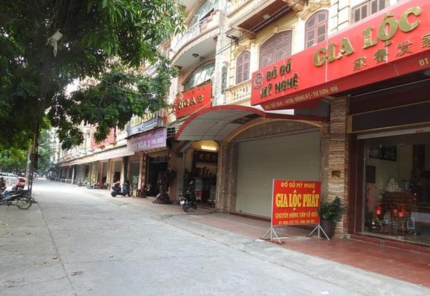 Xót xa với cảnh hoang tàn, ảm đạm của những làng, xã từng giàu nhất Việt Nam - Ảnh 1.