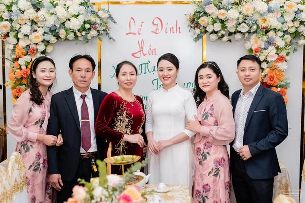 Xuân Mạnh cưới vợ là cử nhân luật - Ảnh 9.