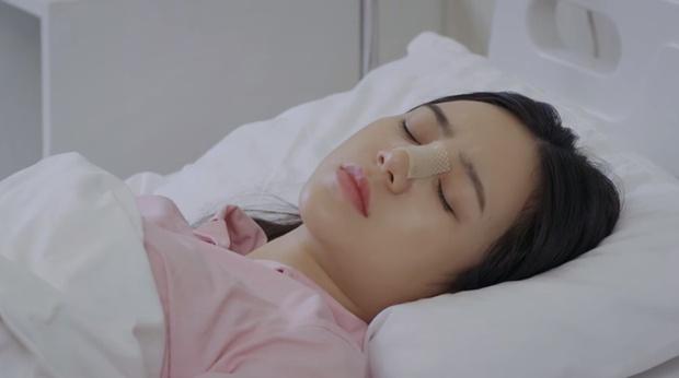 Quỳnh Kool bị xô ngã gãy mũi vì lỡ nghịch dại ở Hướng Dương Ngược Nắng tập 17 - Ảnh 1.