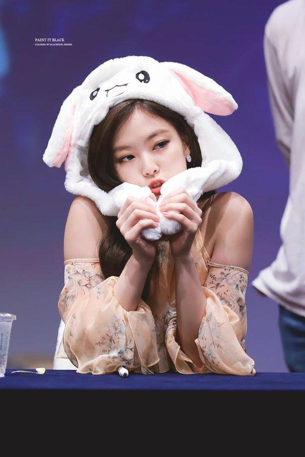 Jennie đẹp thế nhưng cũng có màu trang phục không thể mặc đẹp, nghe chuyên gia Hàn chia sẻ mà vỡ lẽ được bao điều - Ảnh 1.