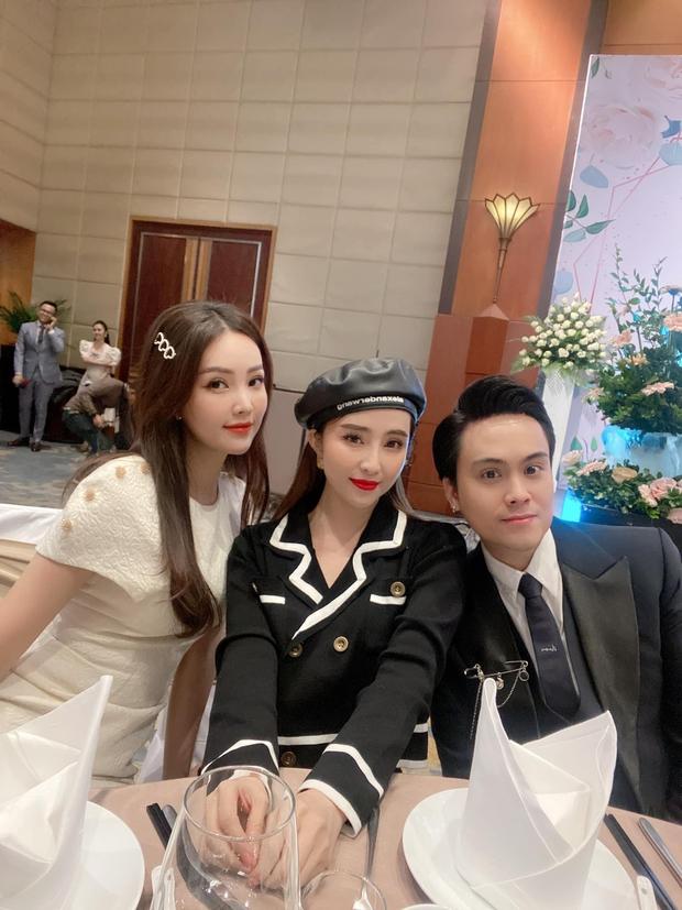 Dàn sao đổ bộ tiệc cưới NS Công Lý: Á hậu Thuỵ Vân đọ sắc bên cô dâu, Huyền My như người khổng lồ giữa dàn mỹ nhân - Ảnh 8.