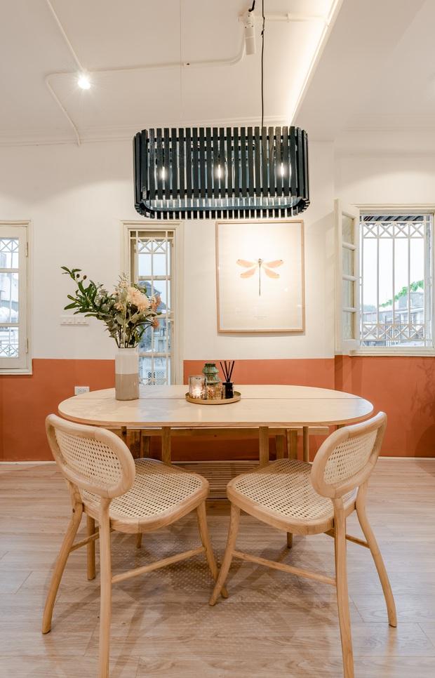 Kiến trúc sư cải tạo nhà tập thể 60 năm thành nơi cực đáng sống, ai nhìn cũng mê bởi gam màu cưng xỉu - Ảnh 7.
