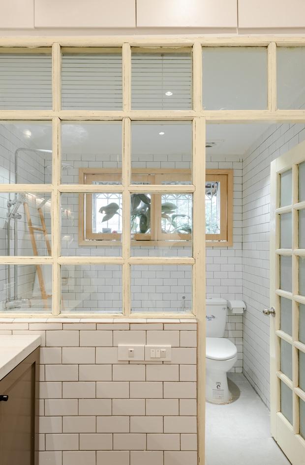 Kiến trúc sư cải tạo nhà tập thể 60 năm thành nơi cực đáng sống, ai nhìn cũng mê bởi gam màu cưng xỉu - Ảnh 13.