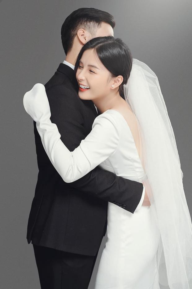 Nhìn lại làng streamer Việt năm 2020: Rình rang đám cưới khủng của Xemesis, Chim Sẻ Đi Nắng cũng bị trói chân, riêng Thảo Nari khiến nhiều fan nam tiếc nuối - Ảnh 13.