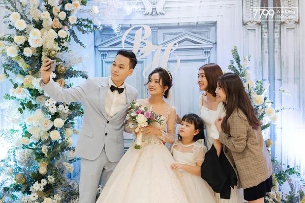 Nhìn lại làng streamer Việt năm 2020: Rình rang đám cưới khủng của Xemesis, Chim Sẻ Đi Nắng cũng bị trói chân, riêng Thảo Nari khiến nhiều fan nam tiếc nuối - Ảnh 6.